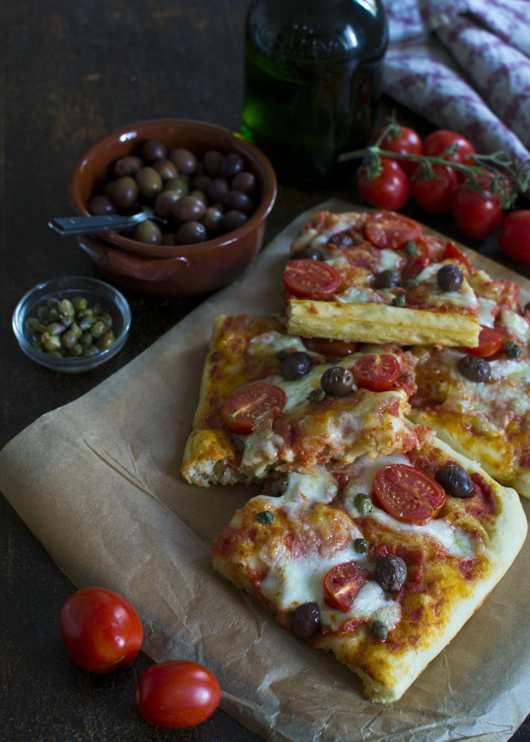 PIZZA IN TEGLIA AD ALTA IDRATAZIONE E 24 ORE DI LIEVITAZIONE
